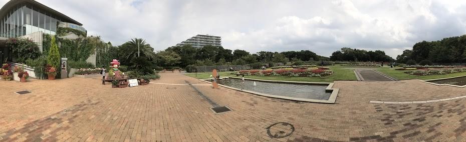 三陽メディアフラワーミュージアム 前庭