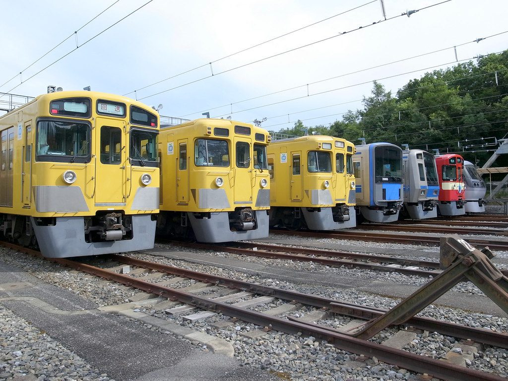 西武鉄道の列車